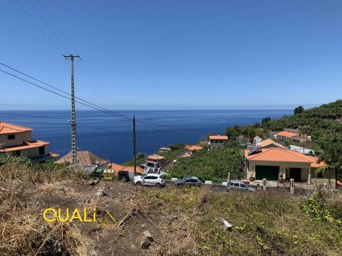 Moradia Isolada T3 em Ribeira Brava - Ilha da madeira.