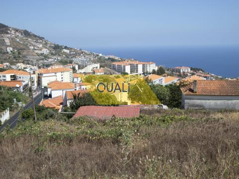 Land of 5030 m2 in Caniço - Madeira Island. €497.000,00