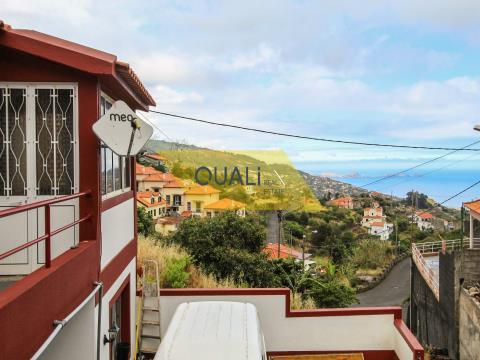 Moradia T4 - Santa Cruz - Ilha da Madeira - €160.000,00