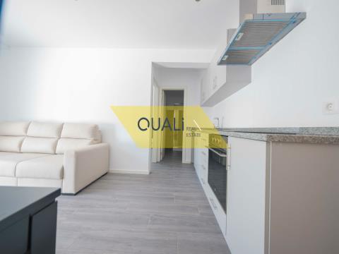 -Apartment T1 im Zentrum von Machico, zwei Minuten vom Strand entfernt.