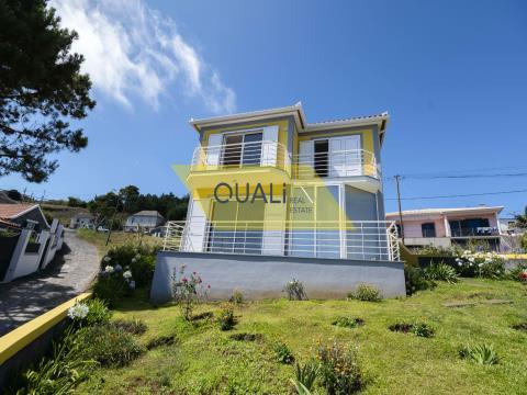 Einfamilienhaus in Prazeres, Calheta, Madeira - € 385.000,00