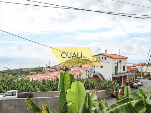 Rustic Land of 475m2, Located in Câmara de Lobos - € 75.000,00