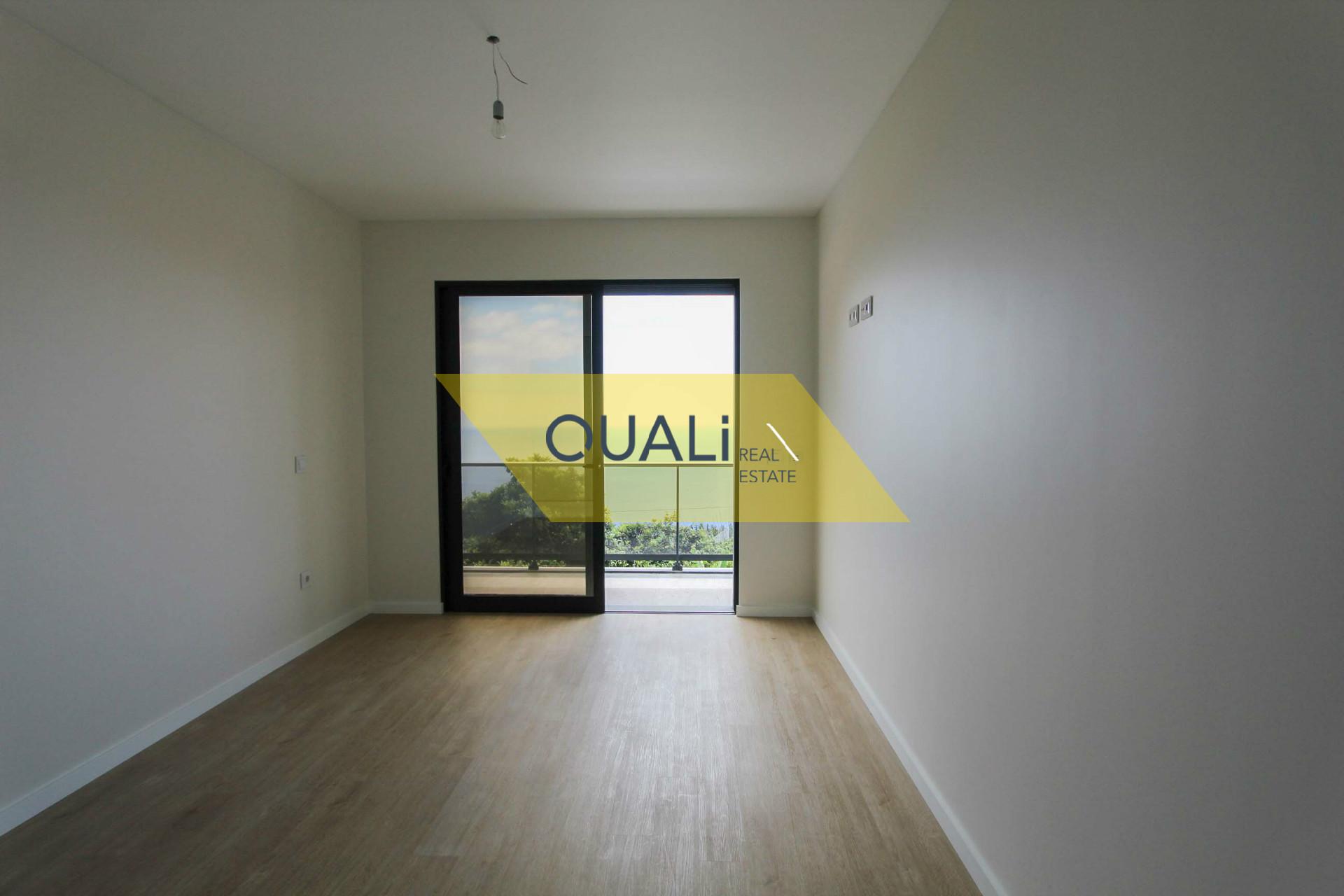 New villa, contemporary style, value € 380,000.00