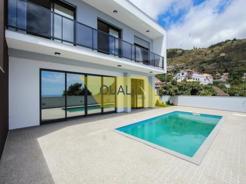 Neues Haus in Arco da Calheta - Madeira - € 380.000,00