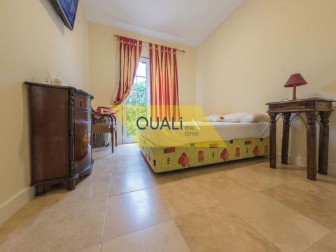 Moradia Isolada V4 - Venda, inserida na Quinta Salgado-Porto Santo - €780.000,00