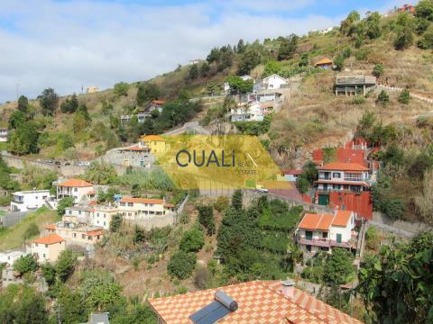 Terreno Rústico 2.320 m2 no Funchal - €110.000,00