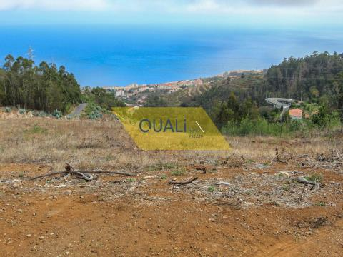Plot of land with 3140m2 - Caniço - € 90.000,00