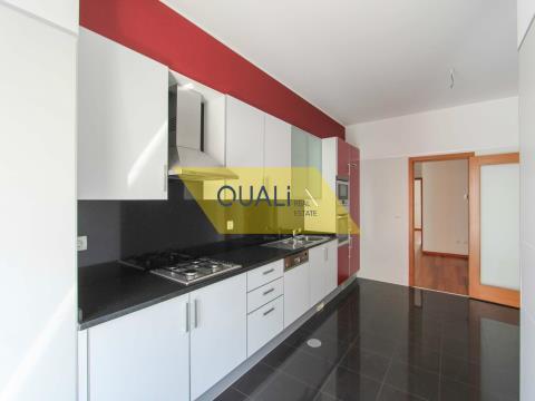 Wohnung 3 Schlafzimmer São Martinho € 430.000,00
