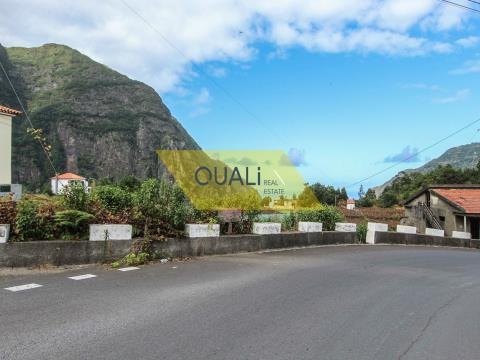 492 m2 di terreno a São Vicente - Isola di Madeira. €30.000,00