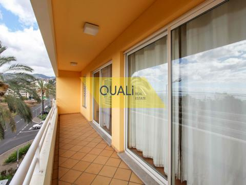 1 bedroom apartment located in São Martinho € 220.000,00.