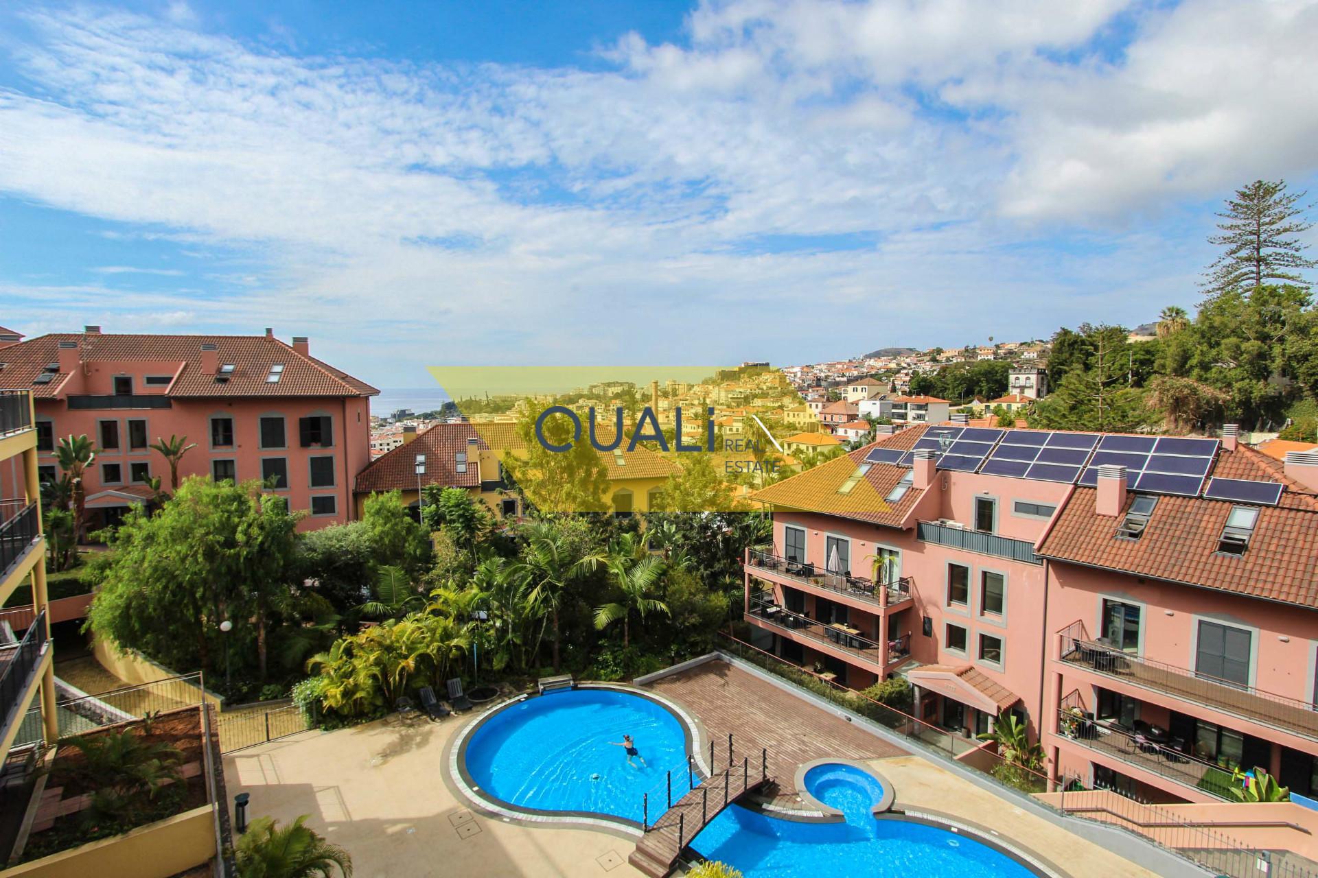 Apartamento de luxo,localizado no Funchal.