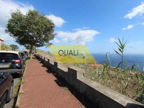 Terreno para construção com 832.5m2, localizado no Caniço - €120.000,00