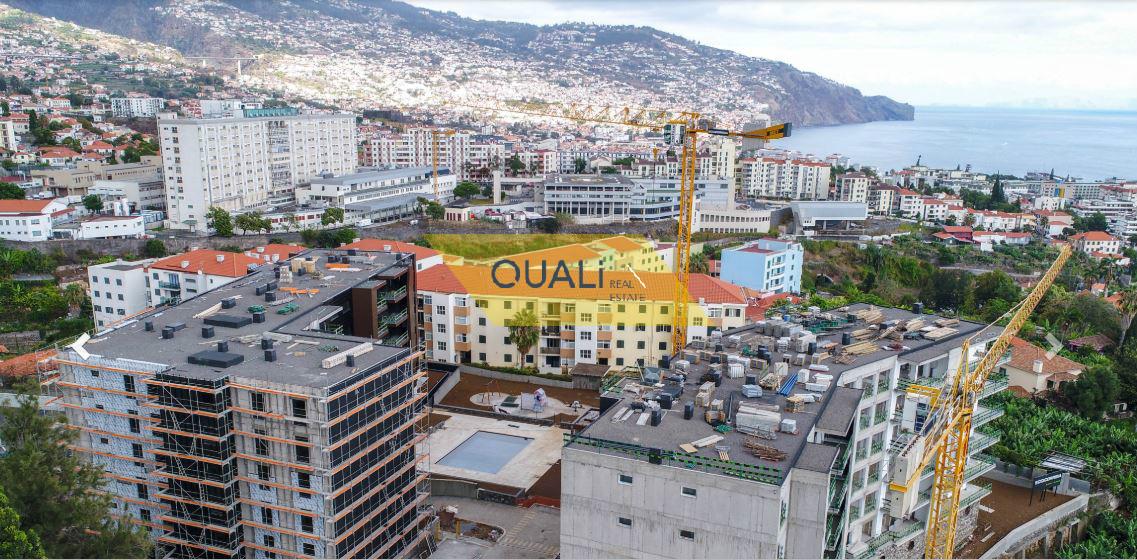 Fantástico Apartamento 4 quartos em São Martinho €470.000,00