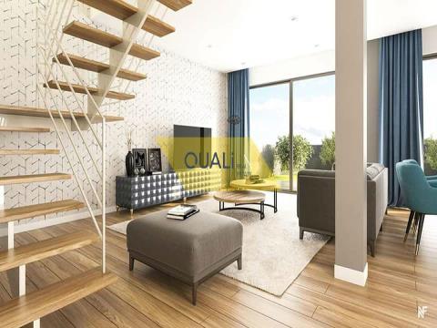 Reihenhaus, 3 Schlafzimmer, Caniço, € 250.000,00