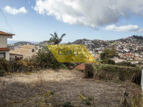 Mixed Building with 1570m2 - S.Roque Funchal - € 185.000,00