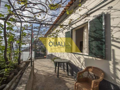 Villa mit 3 Schlafzimmern in Câmara de Lobos - Madeira Insel - € 250.000,00