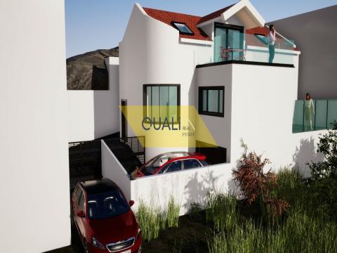 Terreno 117 m2 com Projecto de uma Moradia T1 no Funchal - €90.000,00