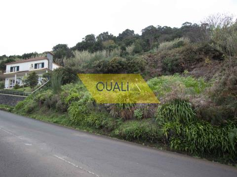 477m2 Land in Porto Moniz - Madeira Island - € 26,500.00