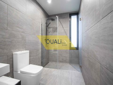 Moradia  Fantástica com 3 quartos, Arco da Calheta,€480.000,00