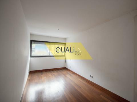 Apartamento de 1 Quarto em Machico - Ilha de Madeira. €108.000,00
