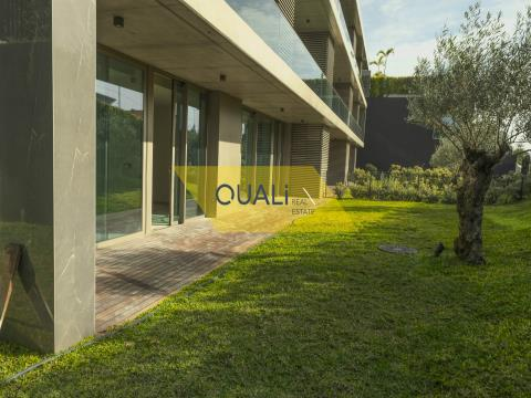 Luxuriöse 3-Zimmer-Wohnung in Funchal - Madeira - 535.000,00 €