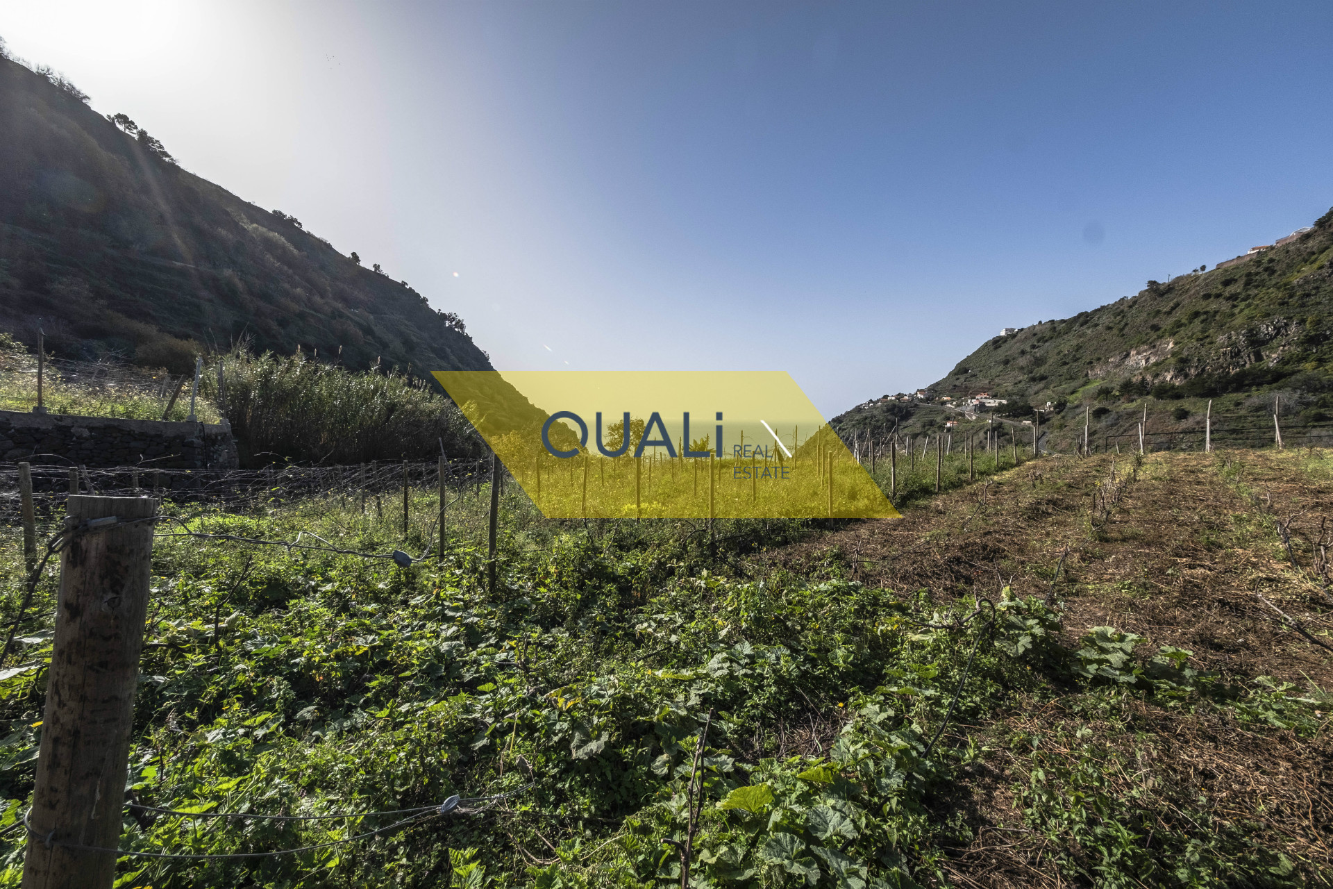 Prédio misto com possibilidade de investimento para Turismo Rural - €188.000,00