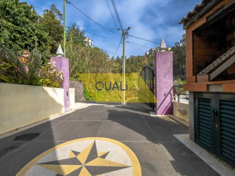 3 Bedroom Villa at Ribeira Brava - €120.000,00