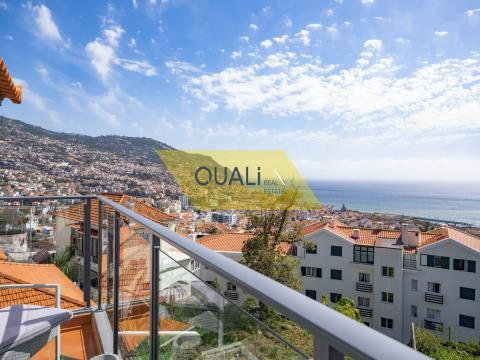 Piano di una villa con 3 camere da letto a São Pedro Funchal €320.000,00 con vista sul mare