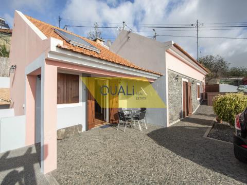 Haus T1 + 1 Calheta mit Meerblick, Pool und lokaler Unterkunft €235.000,00