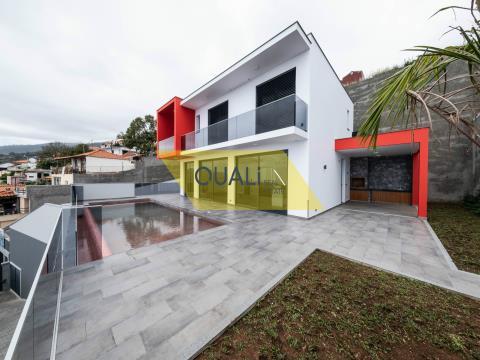 Einfamilienhaus in Funchal, Ilha da Madeira € 690.000,00