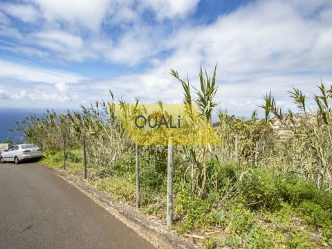 Land with 465 m2 in Tabua - Madeira Island. €50.000,00