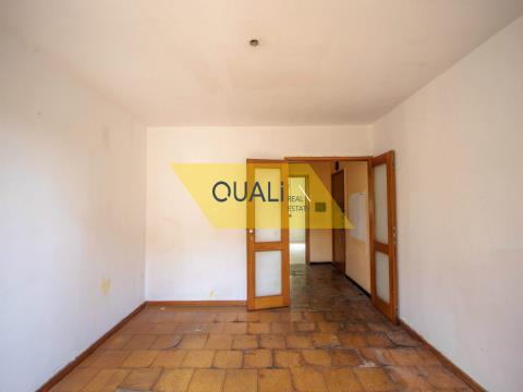 2 Schlafzimmer Wohnung zum Verkauf in Funchal - Madeira Island. €84.000,00