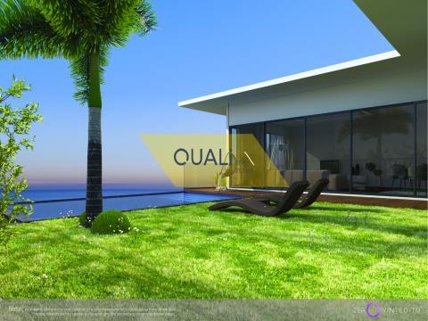 Moradia V3 com piscina e vista Mar -Ilha da Madeira - € 345.000,00