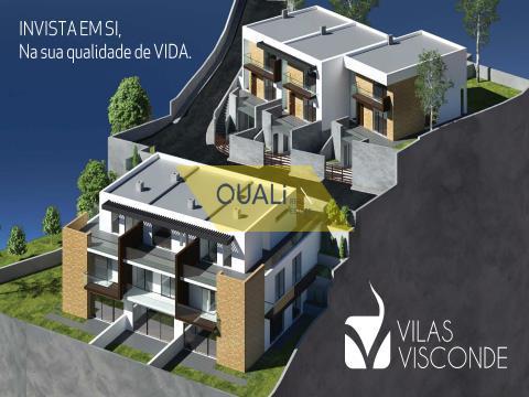 3 + 1 bedroom villa in Funchal in a closed condominium - Madeira island - € 320.000,00