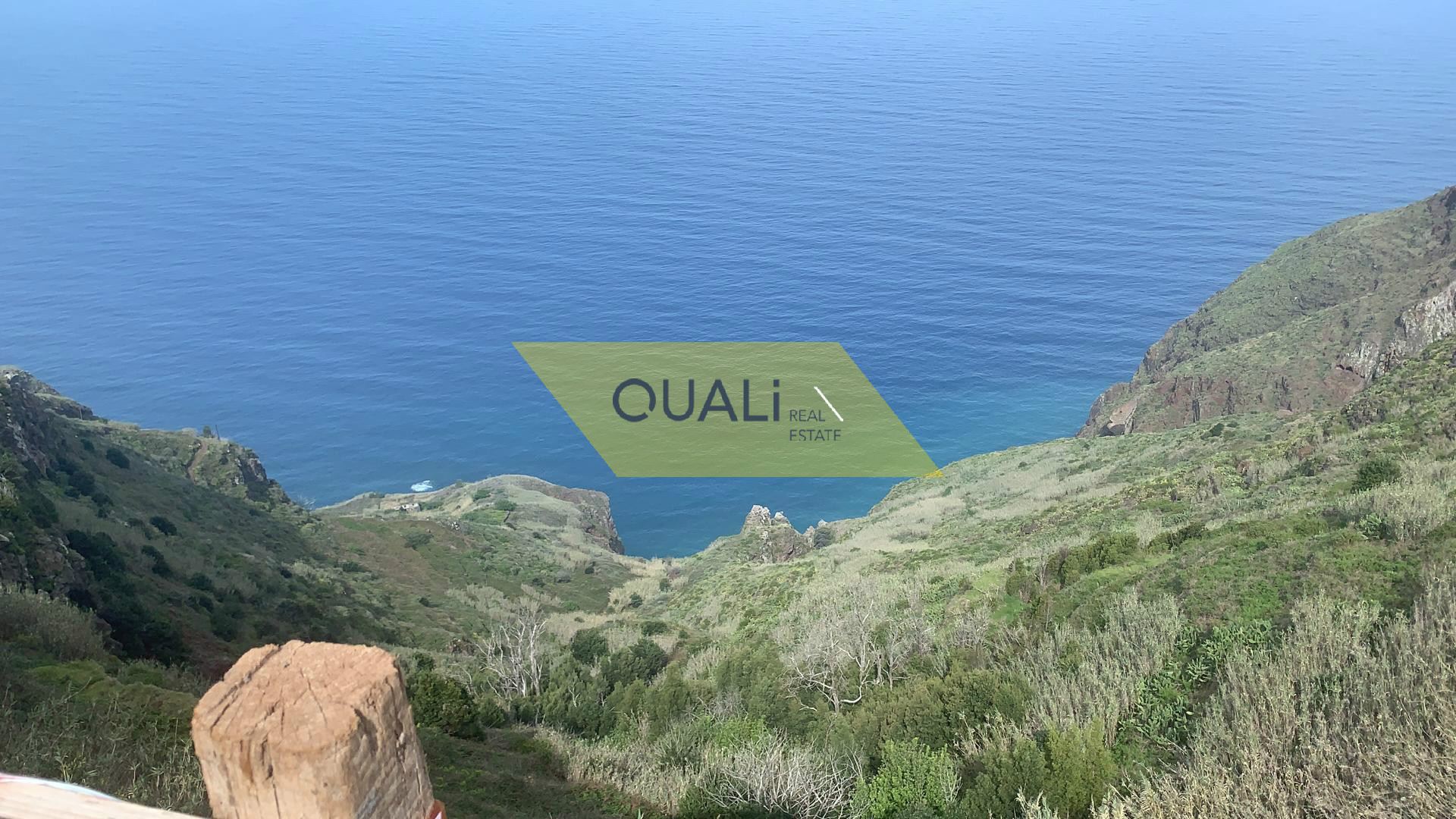 Fabuloso Imóvel em construção -Fajã da Ovelha - Ilha da Madeira