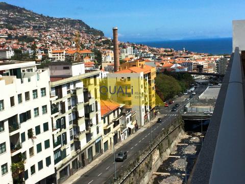 Penthouse T3 zu vermieten in Funchal - Madeira Island - € 1.200,00