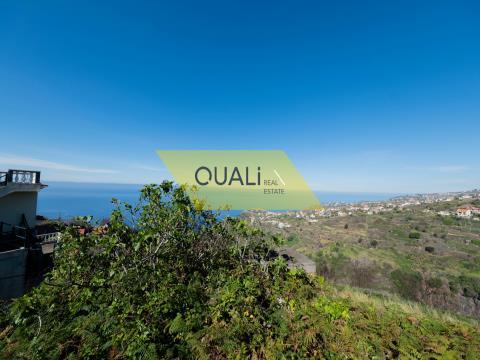 Edificio mixto de 1000m2; con proyecto aprobado vivienda en Ribeira Brava-Isla  Madeira € 130.000,00