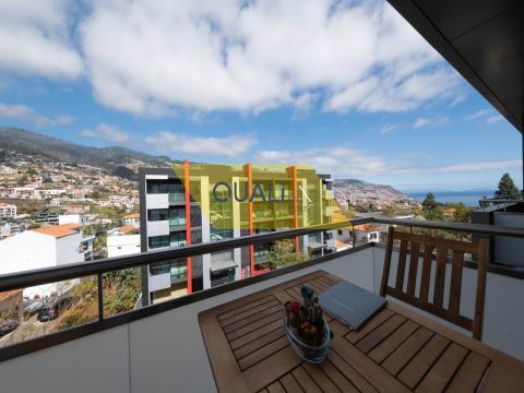 Maisonette-Apartment mit 3 Schlafzimmern in Funchal - 325.000,00 €