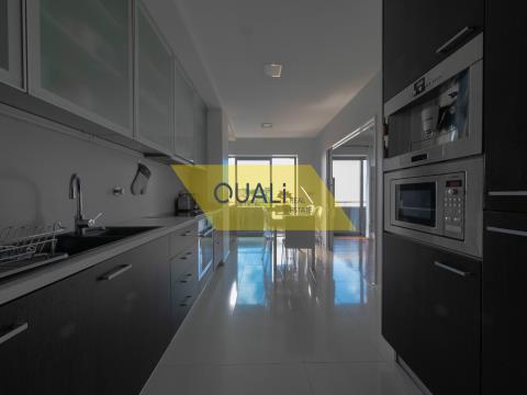 Apartamento T3 Duplex no Funchal - €325.000,00