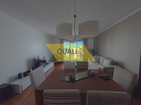 Ausgezeichnete 3-Zimmer-Wohnung in Barreiros - Funchal - € 257.000,00