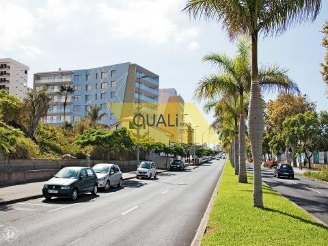 3 bedroom apartment in Funchal - Madeira Island - € 400.000,00