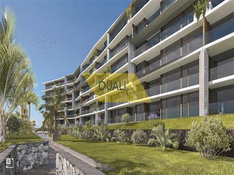 Nuevo apartamento de 1 dormitorio en Funchal, isla de Madeira - € 205.000,00