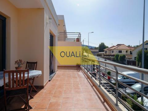 Semi-detached house T3 for sale in Calheta - Madeira Island. €170.000,00
