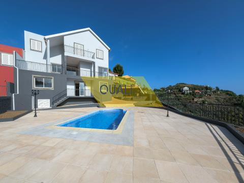 House T3 for Sale in Ribeira Brava - Madeira Island. €425.000,00
