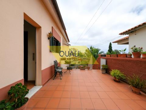Favolosa villa con 7 camere da letto Monte- Funchal Isola di Madeira € 420.000,00