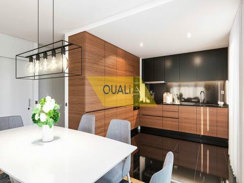 Fantástico Apartamento 2 quartos em São Martinho €330.000,00