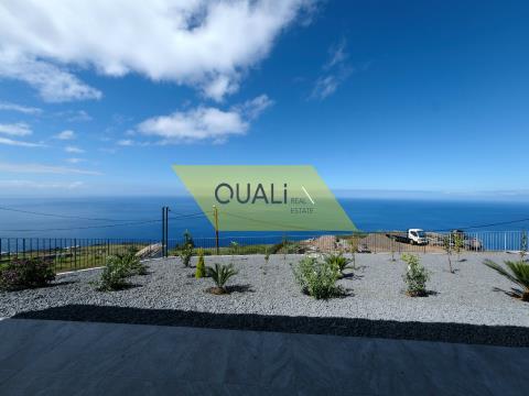 Moradia Moderna V3  na Calheta - Ilha da Madeira - €335.000,00