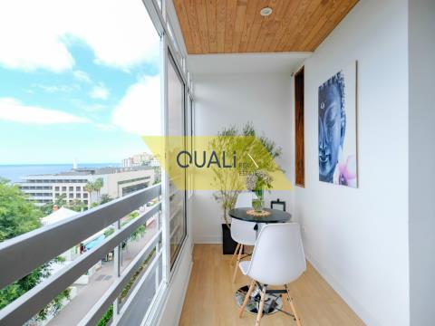 Appartamento con 2 camere da letto nella zona turistica di Funchal - € 220.000,00