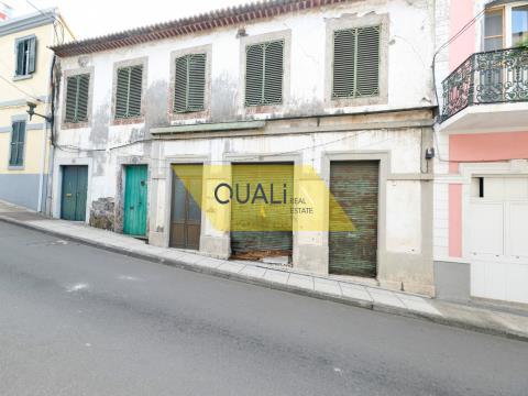 Bâtiment à rénover à vendre dans le centre de Funchal sur l´île de Madère. €460.000,00