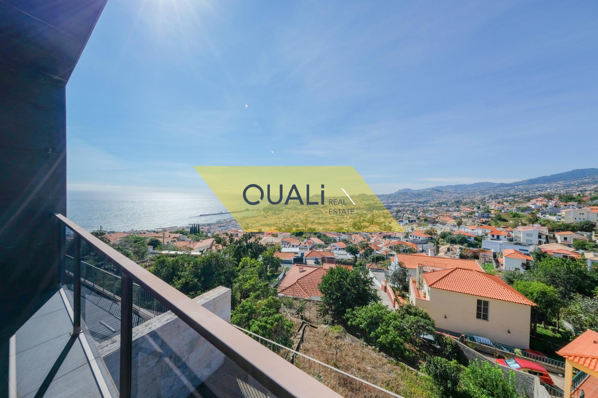 Villa con 3 camere da letto, Funchal - Isola di Madeira - € 625.000,00